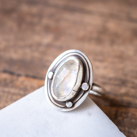 Size 6 | Moonstone Faceted Oval Ring