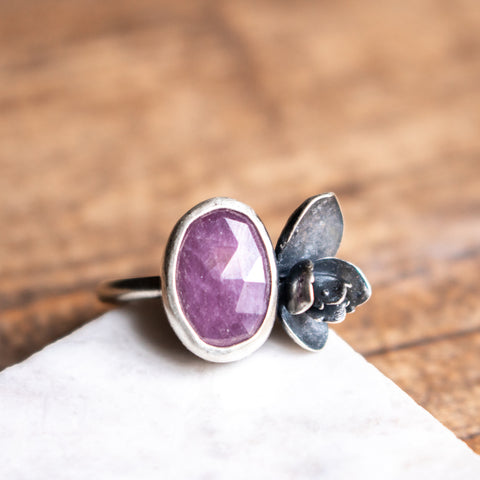 Size 7 | Pink Sapphire Succulent Ring