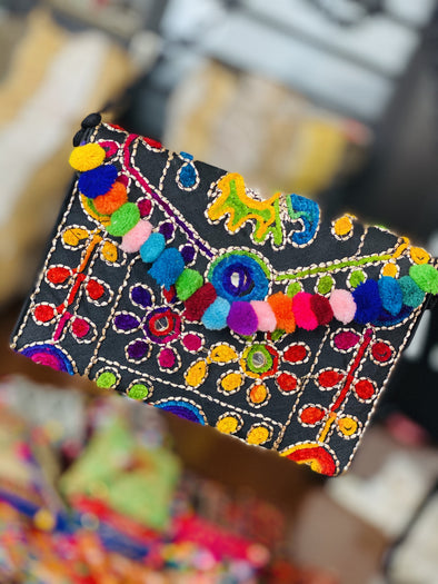 Cartera Elefantes Pompom Small oriental PPM22 NEGRO - BOUTIQUE DE LA INDIA