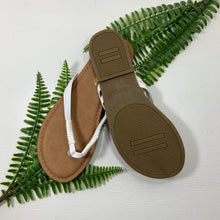 Load image into Gallery viewer, White Leather Flip Flop