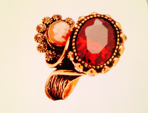 Contrarie' With Red Quartz And Cameo