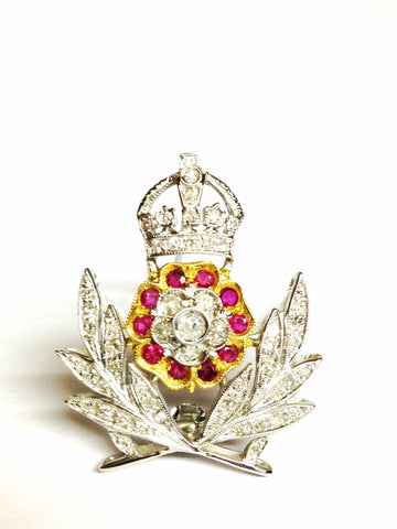 "Ancient Brooch "" Queen Elizabeth"""