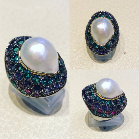 Ring with multi colour sapphires and Pearl