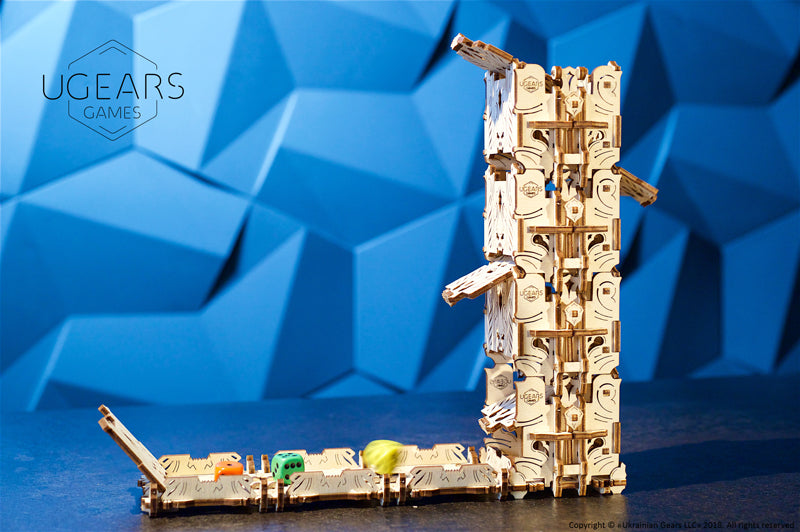 Modular Dice Tower - 172 Pieces - Ugears