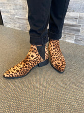 Load image into Gallery viewer, Leopard Slip On Ankle Bootie