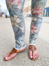 Load image into Gallery viewer, Floral Raw Edge Pants