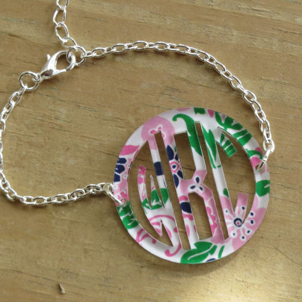 Bordered Monogram Bracelet-Mary Beth Goodwin Patterns