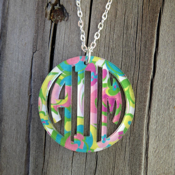 Bordered Monogram Pendant Necklace-Mary Beth Goodwin Patterns
