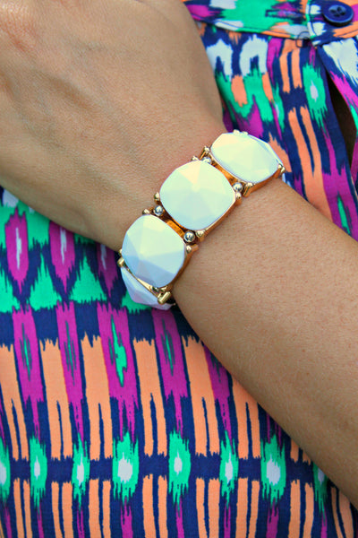 Gemstone Stretch Bracelet in White