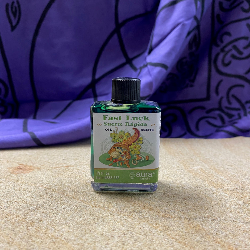 Fast luck anointing oil .5 oz from Aura Variety