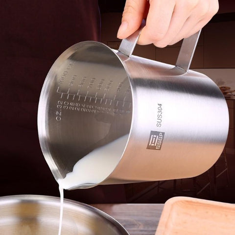 H2HS Stainless steel measuring pitcher.
