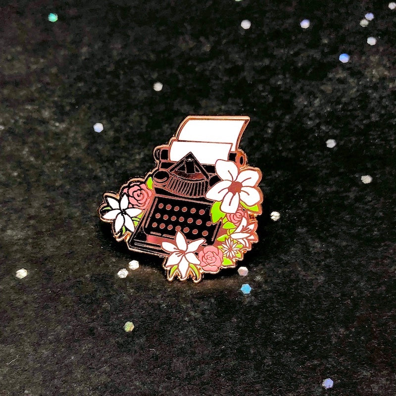 Evergarden Typewriter Pin [Last Stock!]