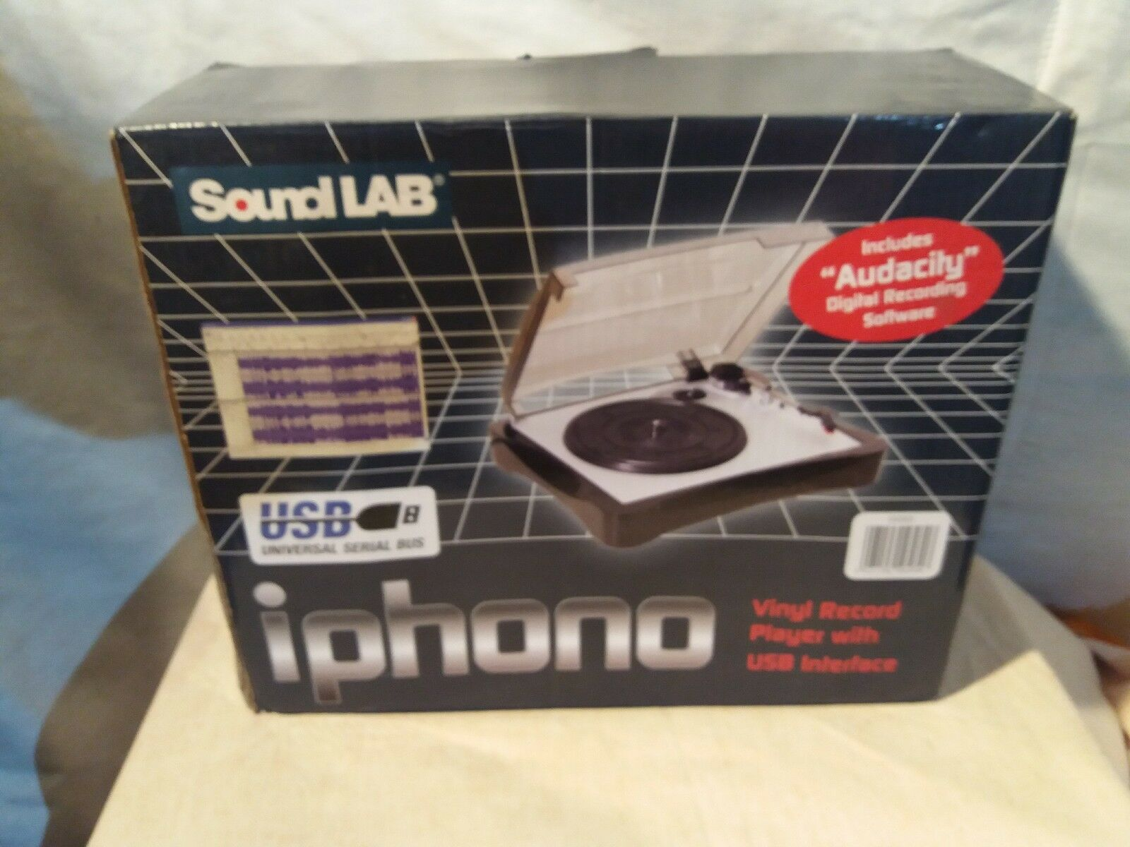 SOUNDLAB USB IPHONO TURNTABLE + Vinyl to MP3 SOFTWARE INCLUDED
