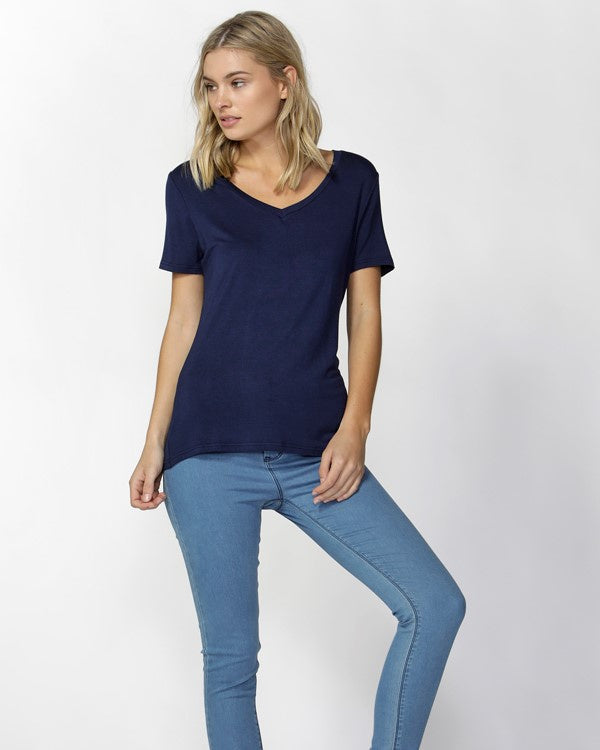 Betty Basics Manhattan V Neck Tee - Navy