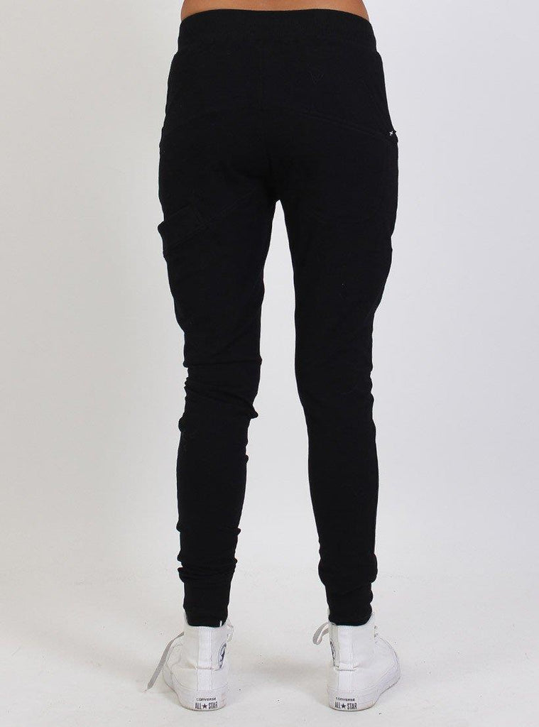 Federation Escape Trackies - Black/Gold