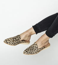 Load image into Gallery viewer, MADISON MULE - CAMEL LEOPARD
