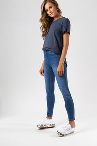 KHLOE JEAN - MID BLUE WASH