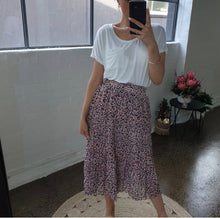 Load image into Gallery viewer, SCOTTIE SKIRT