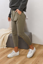Load image into Gallery viewer, KIRRY JOGGER - KHAKI