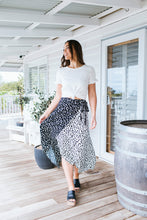 Load image into Gallery viewer, FRANNY SKIRT - BLACK ANIMAL PRINT