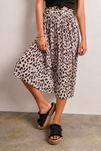 Load image into Gallery viewer, LOUANNE SKIRT - LEOPARD