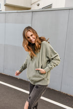 Load image into Gallery viewer, HOT LIPS HOODIE - ARMY GREEN