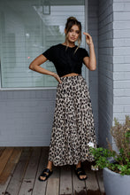Load image into Gallery viewer, HALLE PANT - LEOPARD PRINT