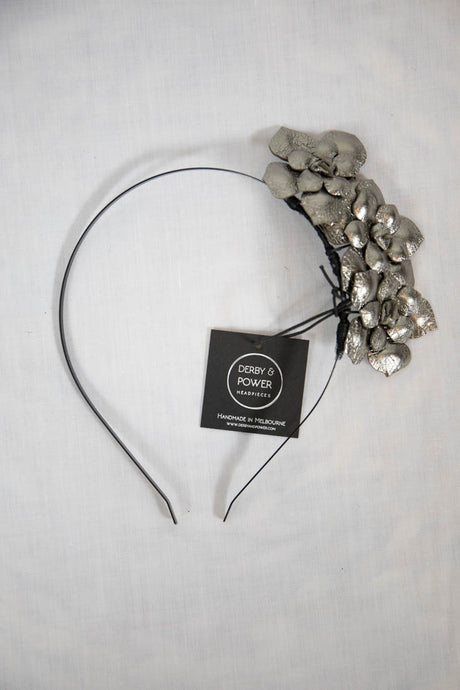 DAISY FASCINATOR - GUN METAL