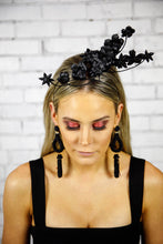 Load image into Gallery viewer, IZZY FASCINATOR - BLACK