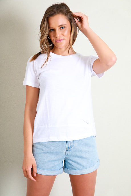 KNOT FRONT CROP TEE - WHITE