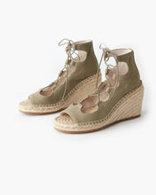 Load image into Gallery viewer, VINE CANVAS WEDGE - KHAKI