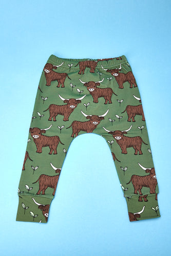 Green Highland Cow Leggings
