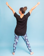 "Load image into Gallery viewer, Tropical Leaves Activewear Leggings - Tall 33"" inside leg"