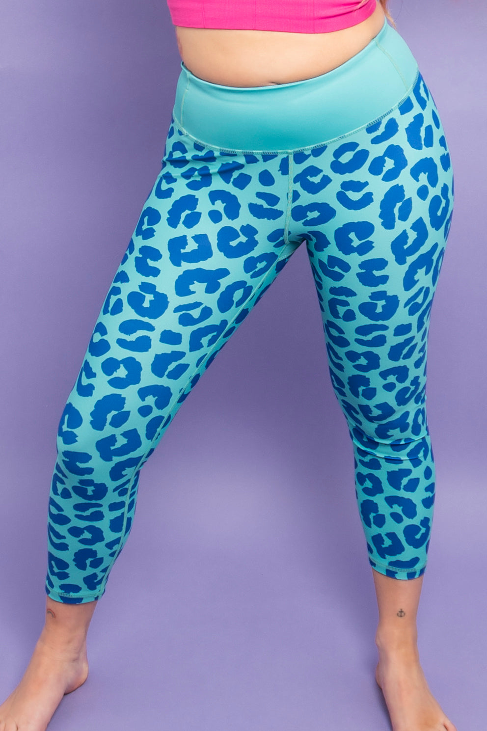 Teal & Navy Leopard Capri Women's Activewear Leggings