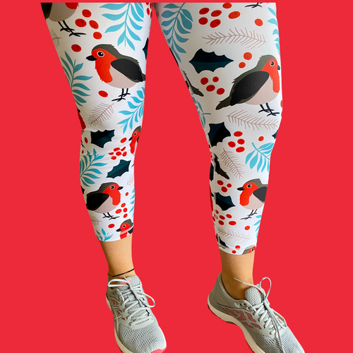 Christmas Robin Capri Women's Activewear Leggings