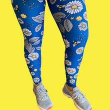 Load image into Gallery viewer, Navy Daisies Women's Activewear Leggings Regular Length