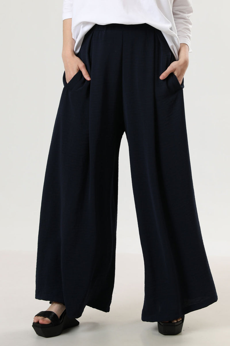 Megan Pants Navy