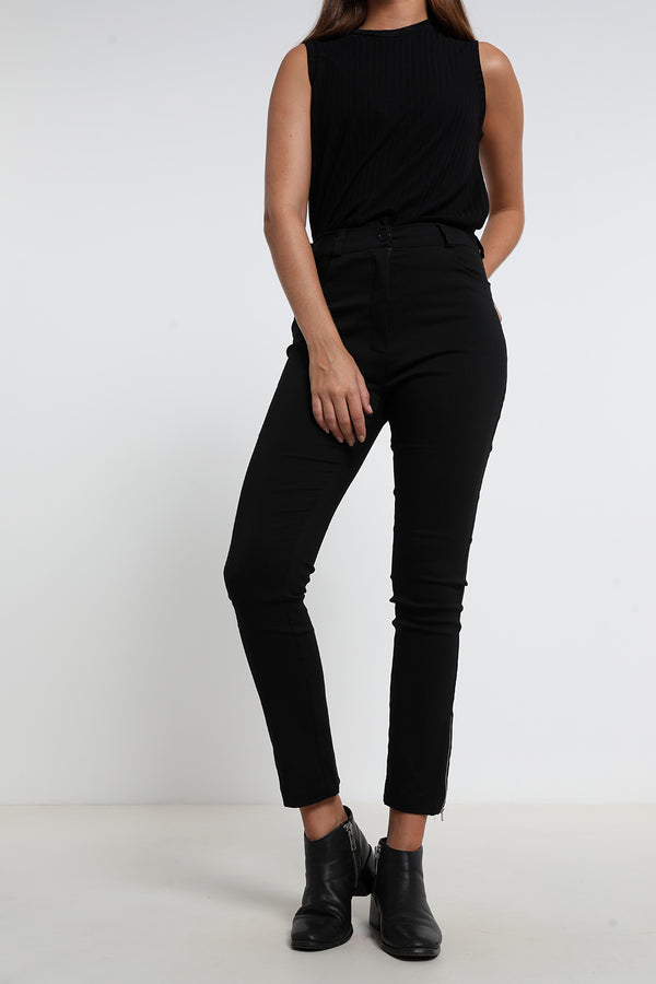 Olivia pants Black - layou-design
