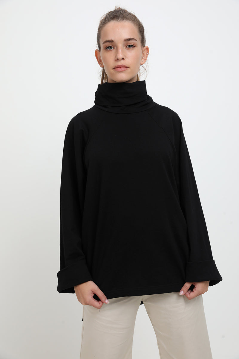 Diana sweater Black - Layou Design by Shay Sobol