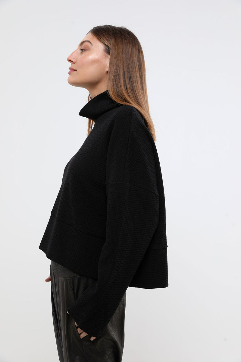 Jade top black - layou-design