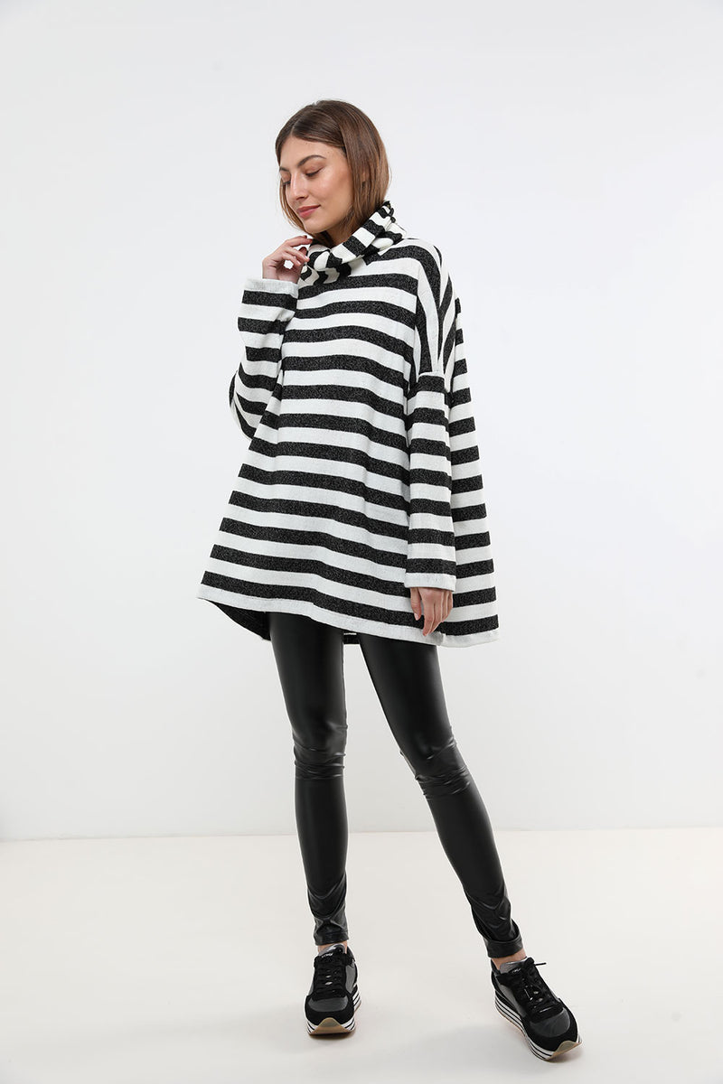 Rosie sweater black&white