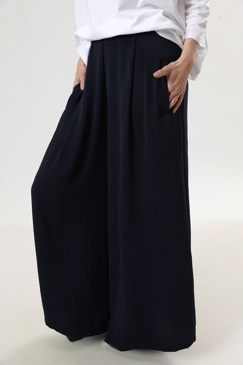 Meghan Pants Navy - layou-design