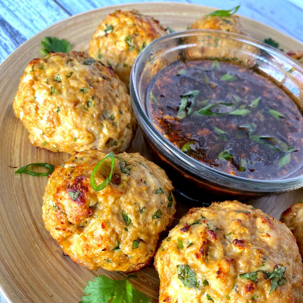 turkey meatballs with dipping sauce
