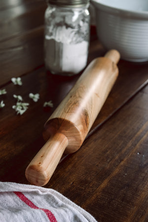 Traditional Rolling Pin | Riley/Land Collection