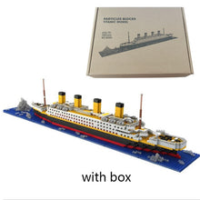 Load image into Gallery viewer, Mini Titanic Ship DIY Building Blocks Toy -لعبة تعليمية تركيب شكل سفينة تايتانك