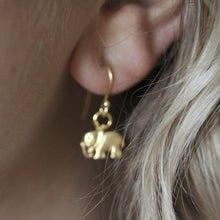 Load image into Gallery viewer, Elephant Earring