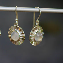 Load image into Gallery viewer, Tiffin Earrings