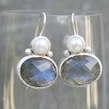 Load image into Gallery viewer, pearl and labradorite in silver