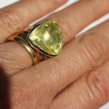 Load image into Gallery viewer, Large Citrine Ring