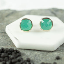 Load image into Gallery viewer, Faceted Stone Studs